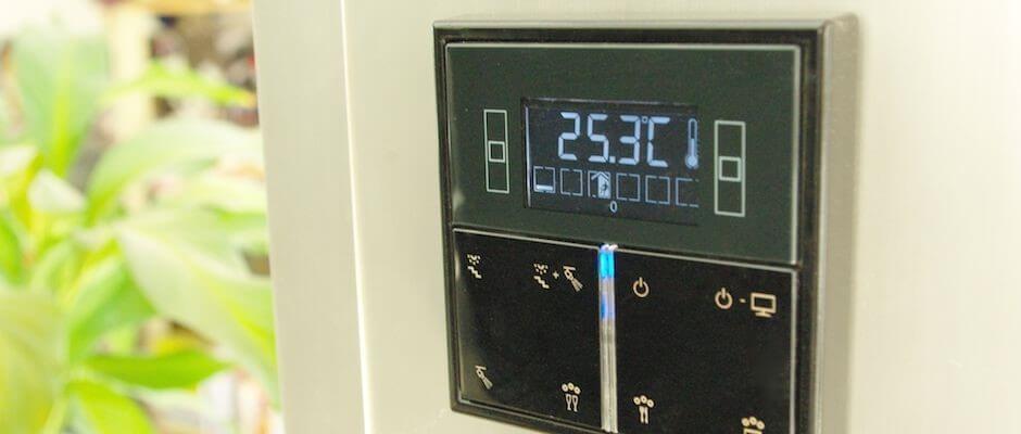Thermostat et interrupteurs en un seul objet